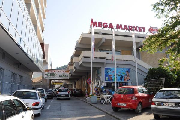 mega-market-budva